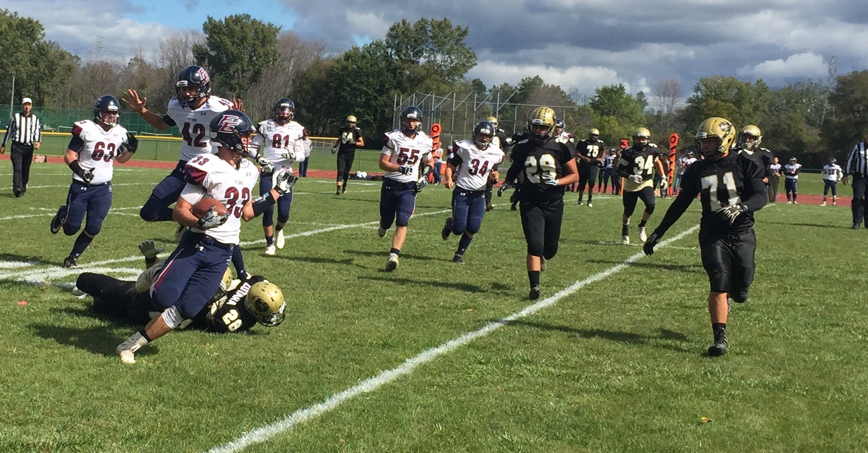 F/E shows Class D schools can play with rout of JFK