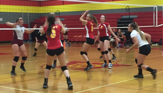 Williamsville East Girls Volleyball Looking To Remain On Top In Class A