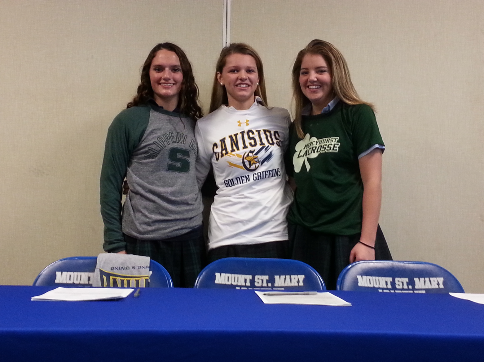 Mount's Hart, Burns and Meegan Sign Letters of Intent